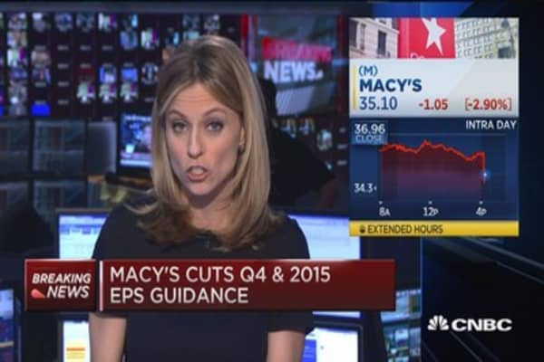 Macy's cuts guidance and jobs
