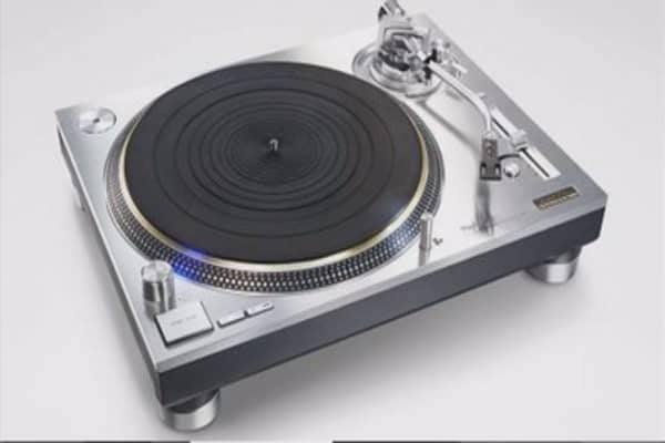 Panasonic, Sony are reviving the turntable