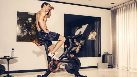 Peloton Cycling offers livestream classes from home