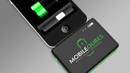 MobileQubes portable battery pack