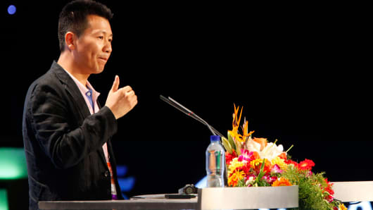 Zhou Chengjian, chairman of Metersbonwe Ltd.