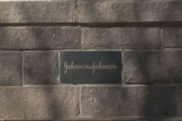 Johnson & Johnson to slash 3,000 jobs