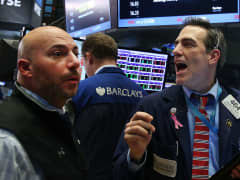 NYSE traders stock market