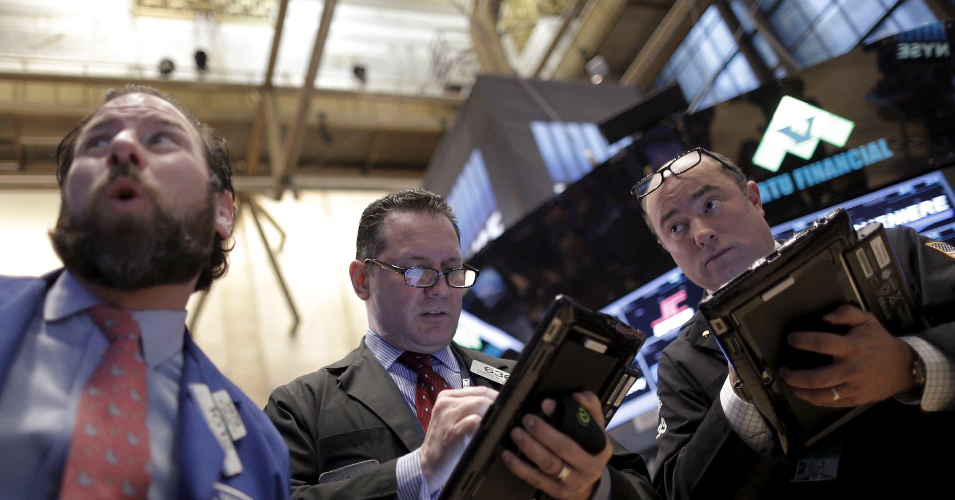Stocks slide in October; US election in focus