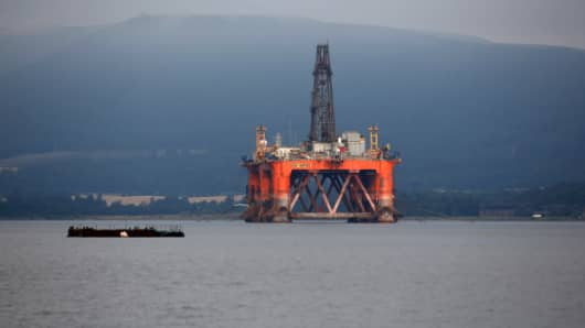 The Ocean Vanguard offshore drill rig, operated by Diamond Offshore Drilling Inc., stands anchored in the Cromarty Firth in Cromarty, U.K., on Wednesday, Aug. 6, 2014.