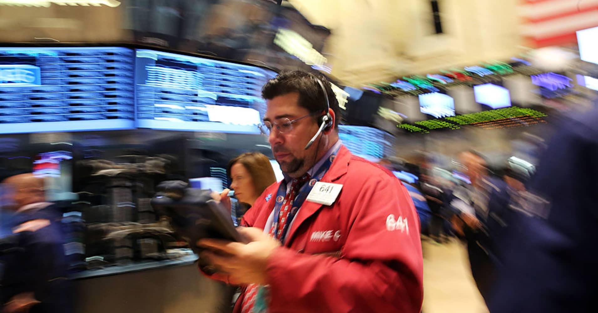 Early movers: F, HUN, RBS, AMGN, PPG, BA, BX & more