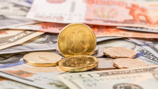 receding minium wage should be raised Raising the minimum wage would increase economic activity and spur job  growth the economic policy institute stated that a minimum wage.
