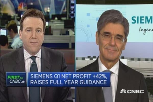 Siemens raises full-year guidance on profits
