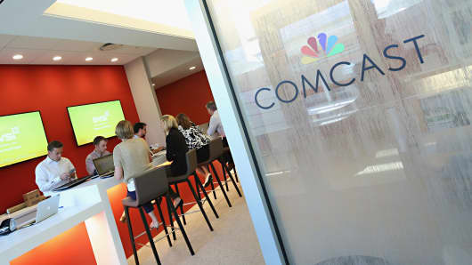 Comcast loses fewest TV customers in 8 years