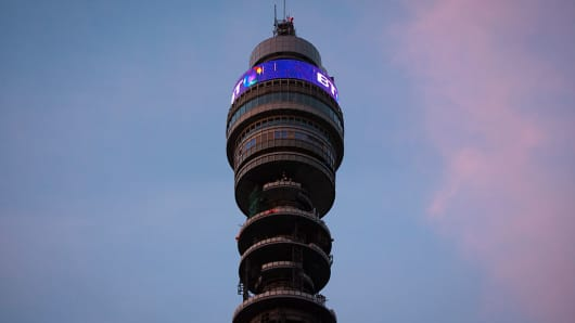 BT to cut 4000 jobs in restructuring after 'challenging year'