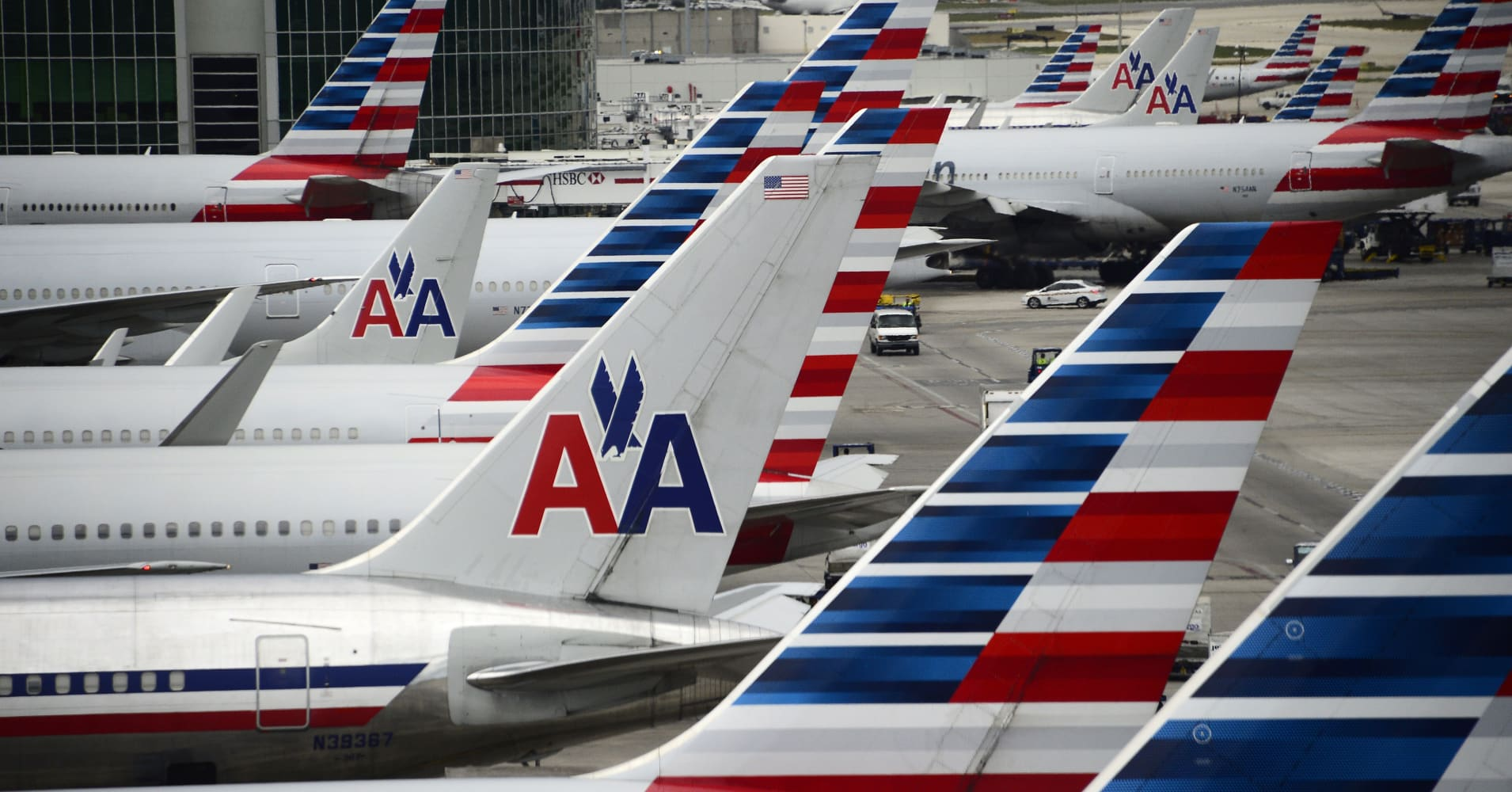 American Airlines launches Basic Economy class