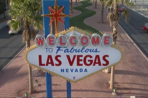 Las Vegas betting big on Super Bowl 50