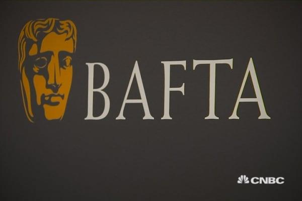 Celebs weigh in on Oscars race row