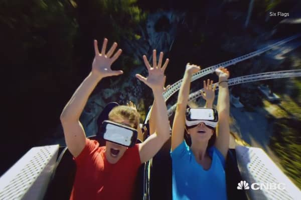 Six Flags, Samsung team up to give you VR roller coasters