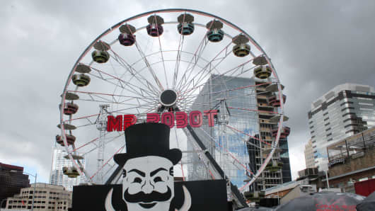 A ferris wheel promoting Mr. Robot at the SXSW event in Austin, Texas.