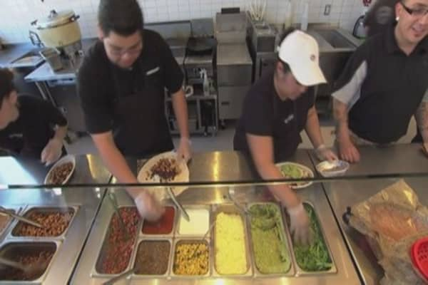 Chipotle may give away 9M burritos