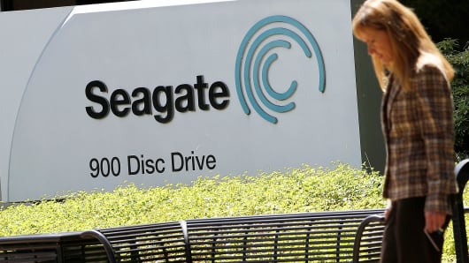 Seagate Technology PLC (NASDAQ:STX) Receives Strong Buy Rating From Needham Analysts