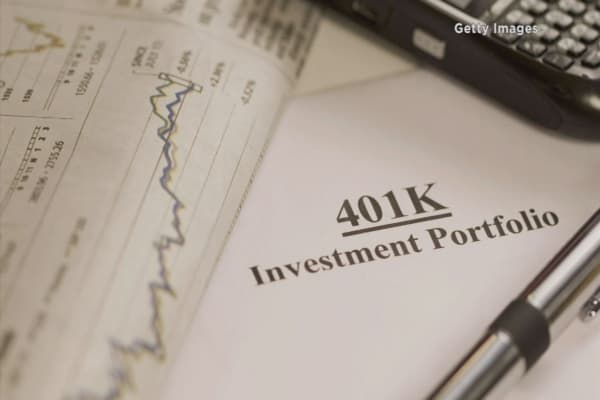 Employees suing over poor 401K plans