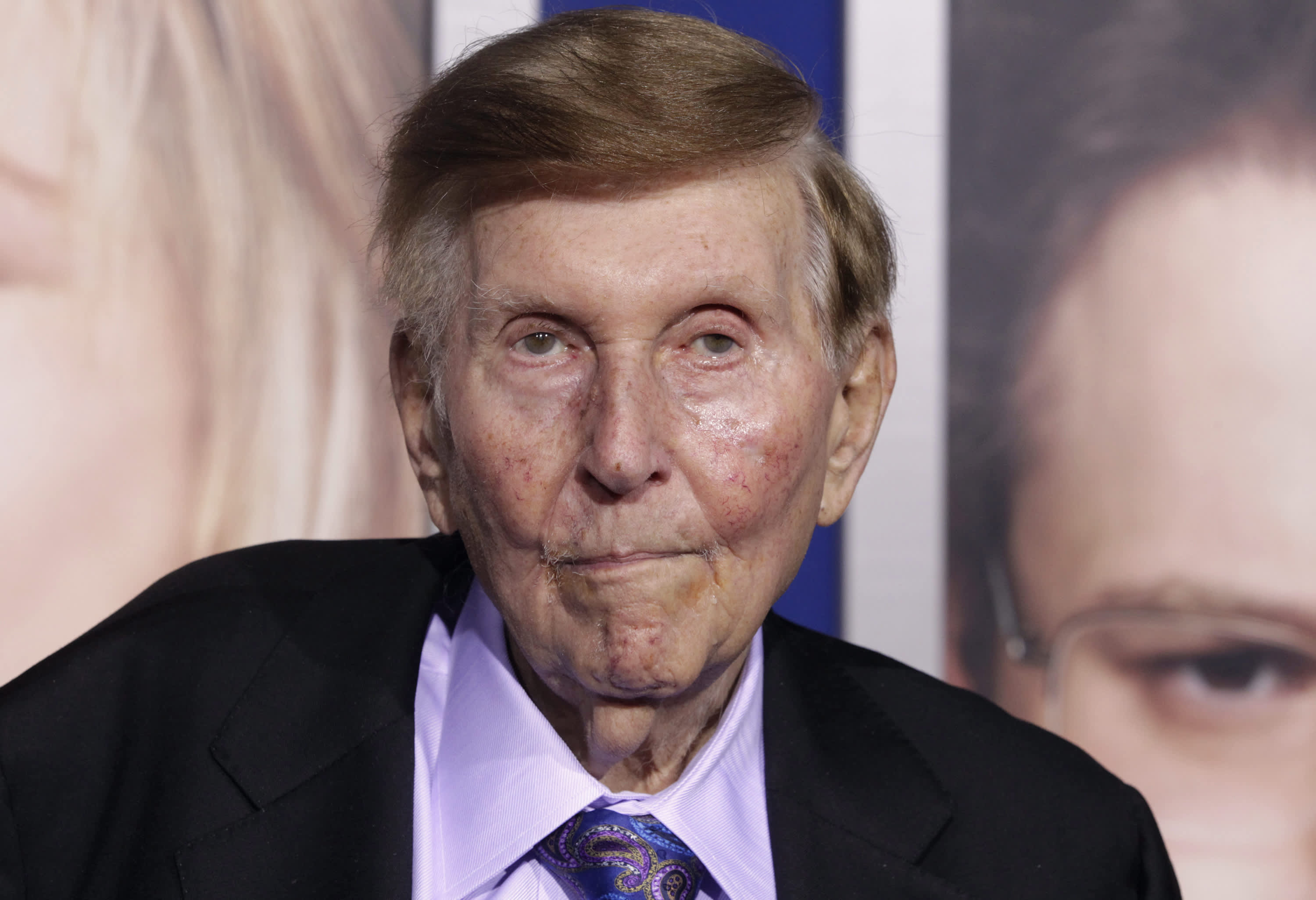 media mogul redstone says he no longer trusts viacom ceo
