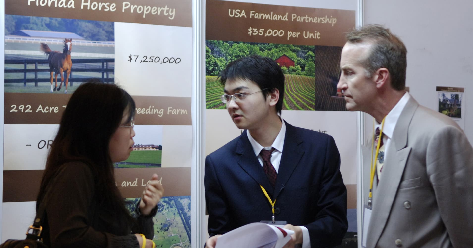 Foreign buyers flood US real estate, but buy cheaper homes