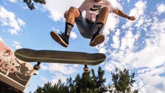 Skateboard risk