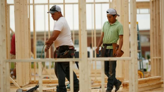 US January Building Permits Rose 4.6%, Decline Seen In The West