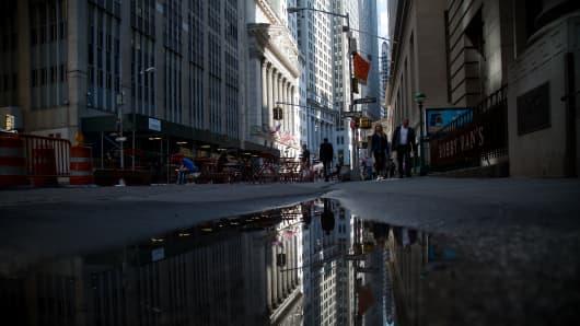Wall Street, dark, reflection
