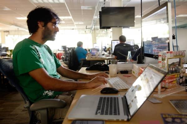 Software engineer millennial