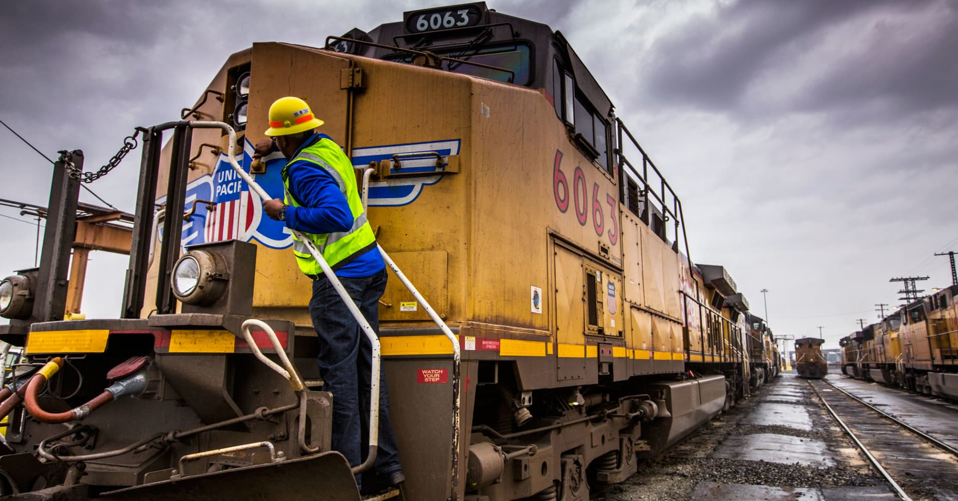 Rail rout could be sending bad signs about the US economy