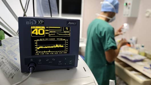 Heart doctor and heart monitor