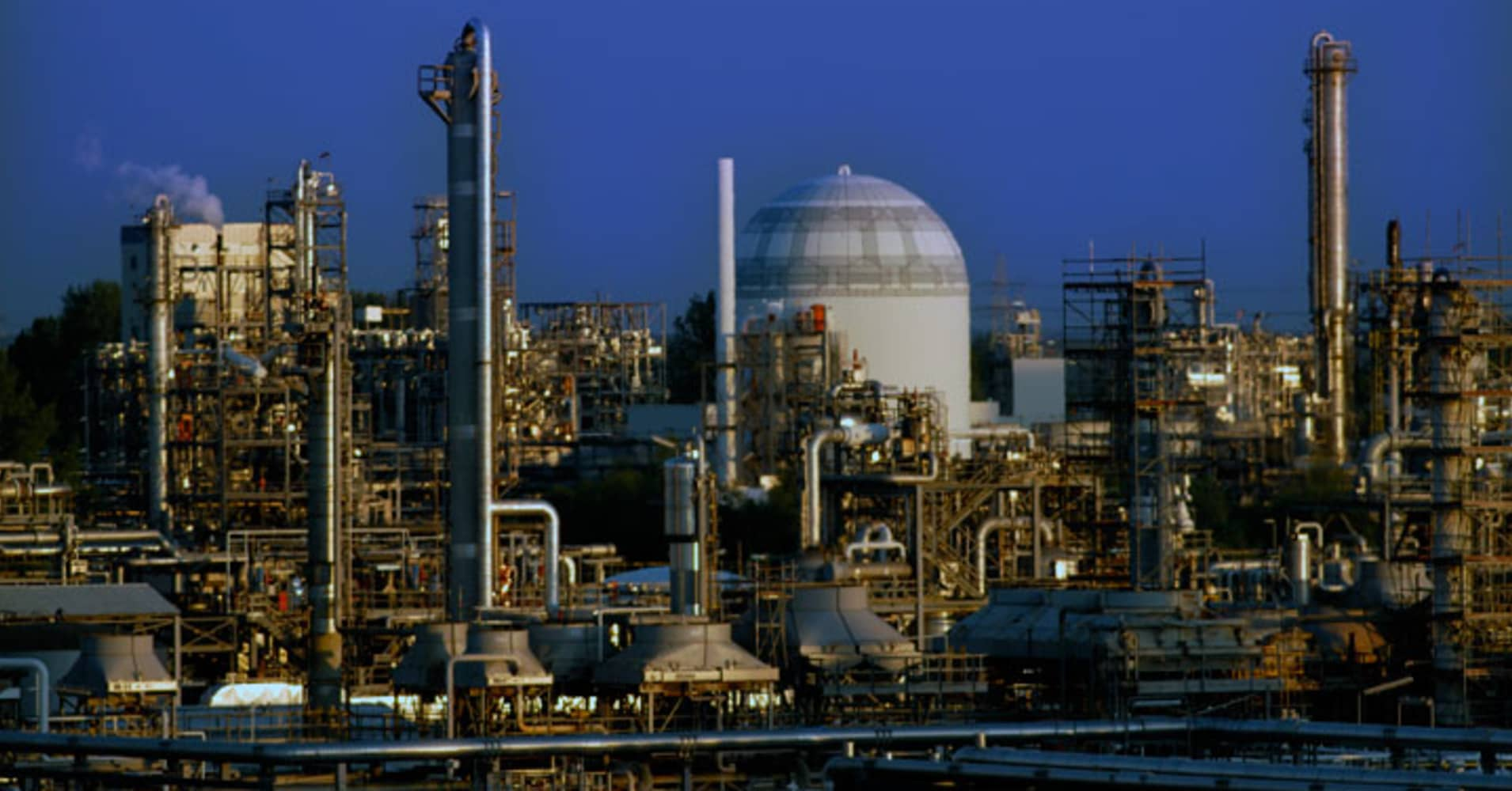 Dow Chemical to convert $4 billion of preferred shares into equity