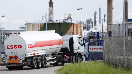 A truck enters the ExxonMobil refinery on May 23, 2016 in Notre-Dame-de-Gravenchon, northwestern France.