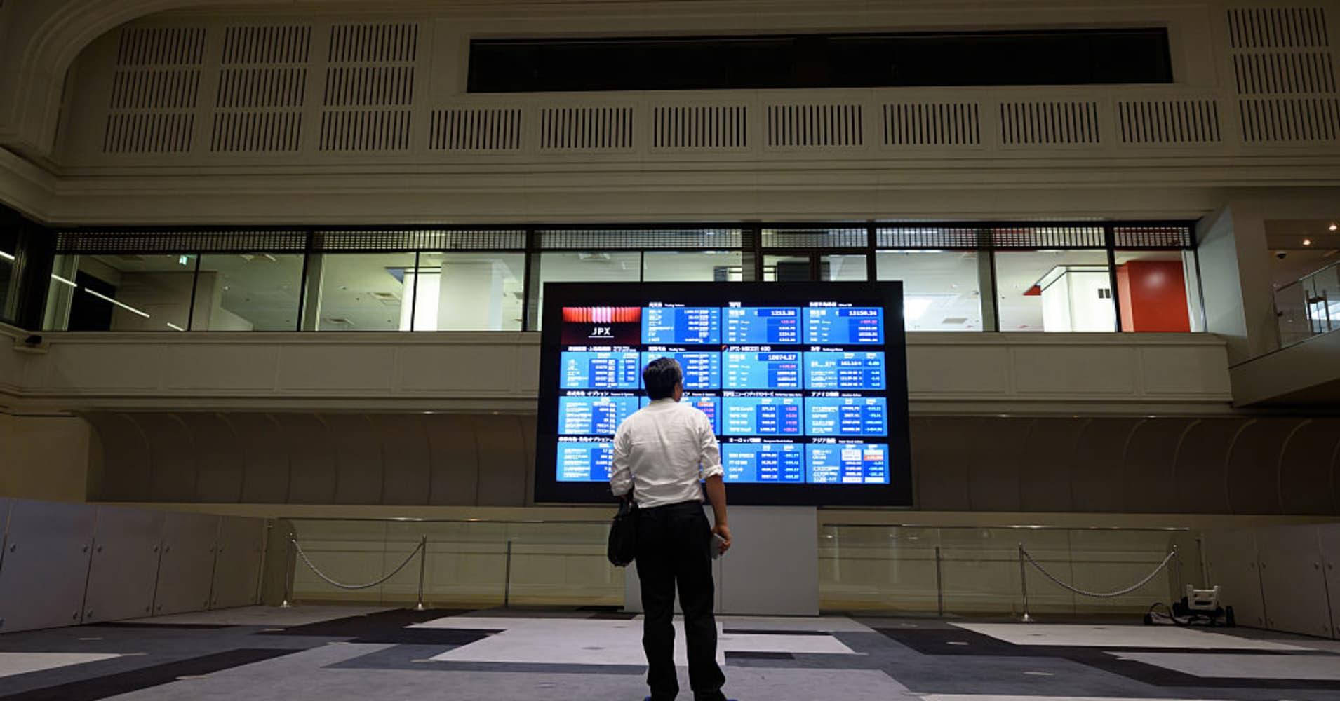 Asia stocks to focus on dollar strength, yen strength, higher oil prices, US market gains, Toyota earnings