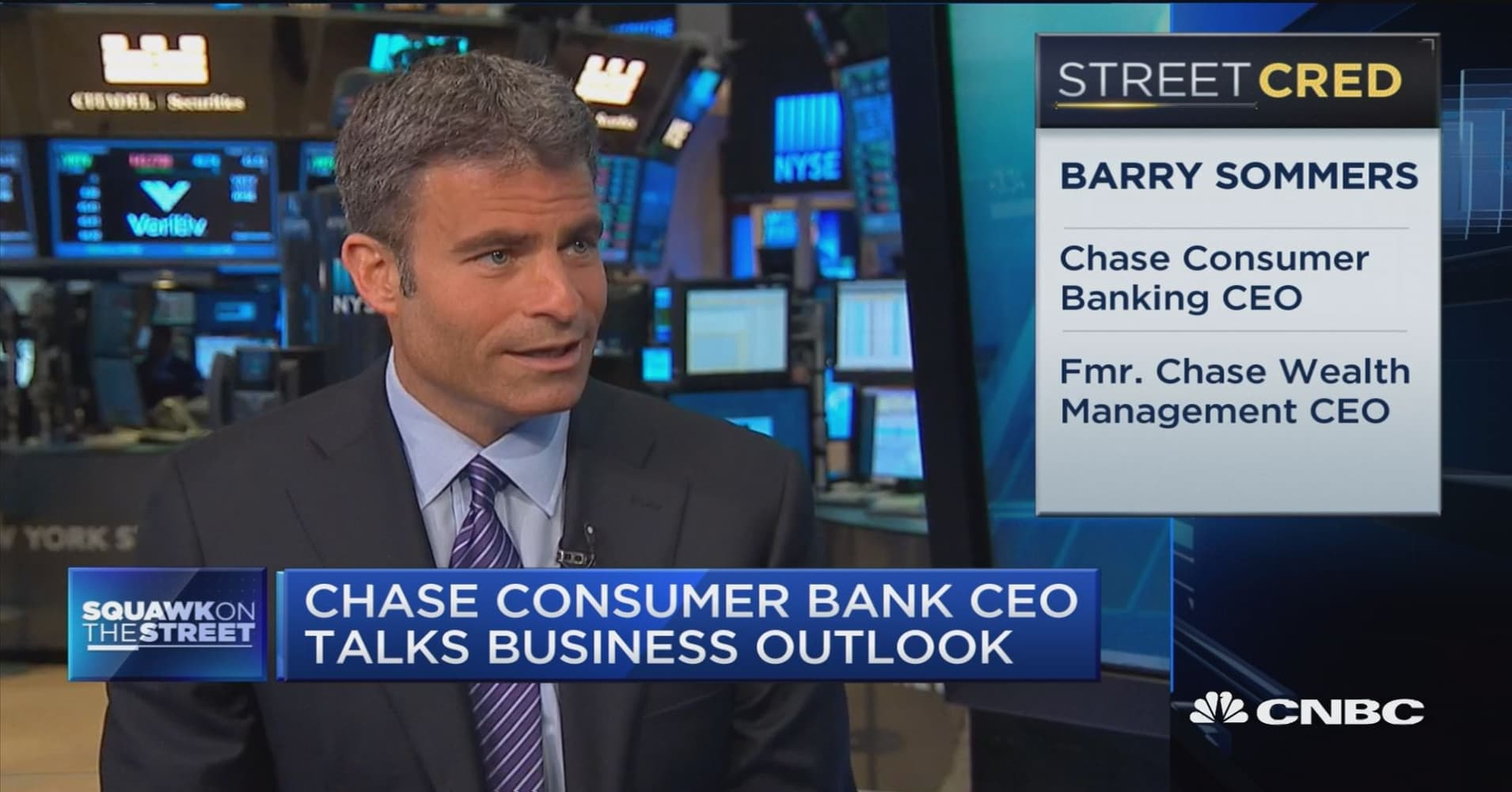 jpmorgan chase is building more bank branches chase s sommers branch remains the center of customer relationship