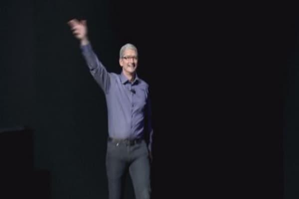 Tim Cook speaks on Apple's US tax strategy