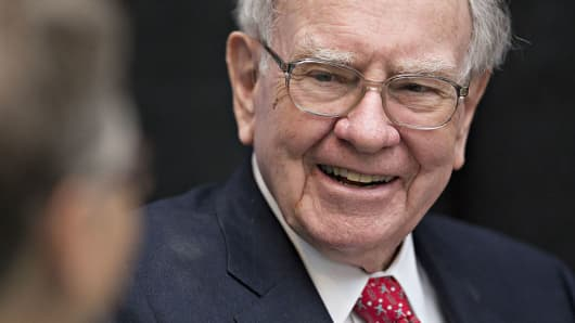 Buffett Changes Tone on Bank of America