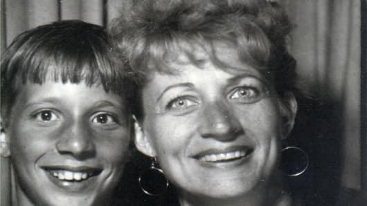 Bob Pisani with his mother Elizabeth in 1967.