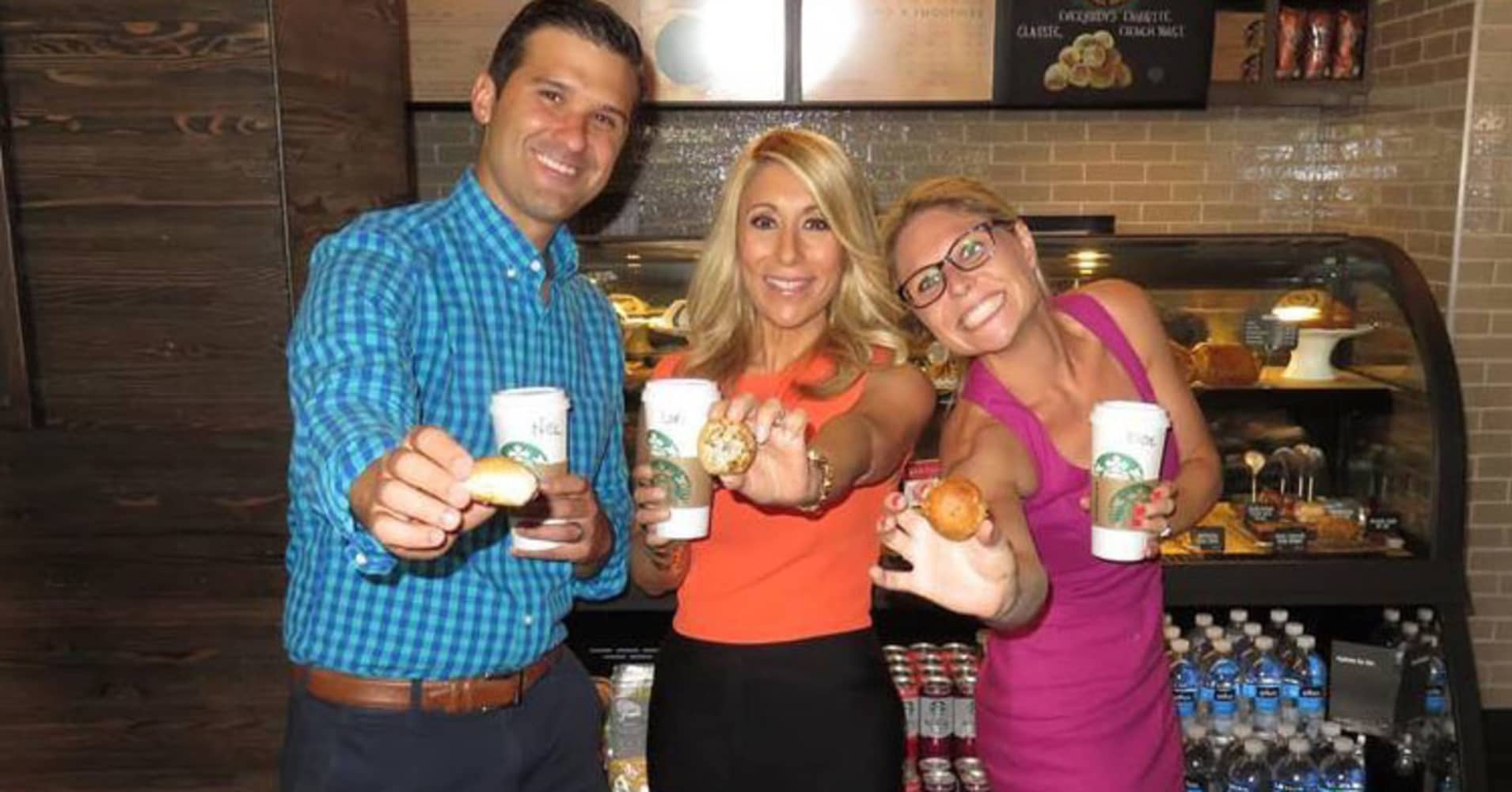 Nick and Elyse Oleksak with Lori Greiner (center).