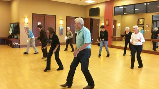 Country line dance class at Toll's Anthem clubhouse