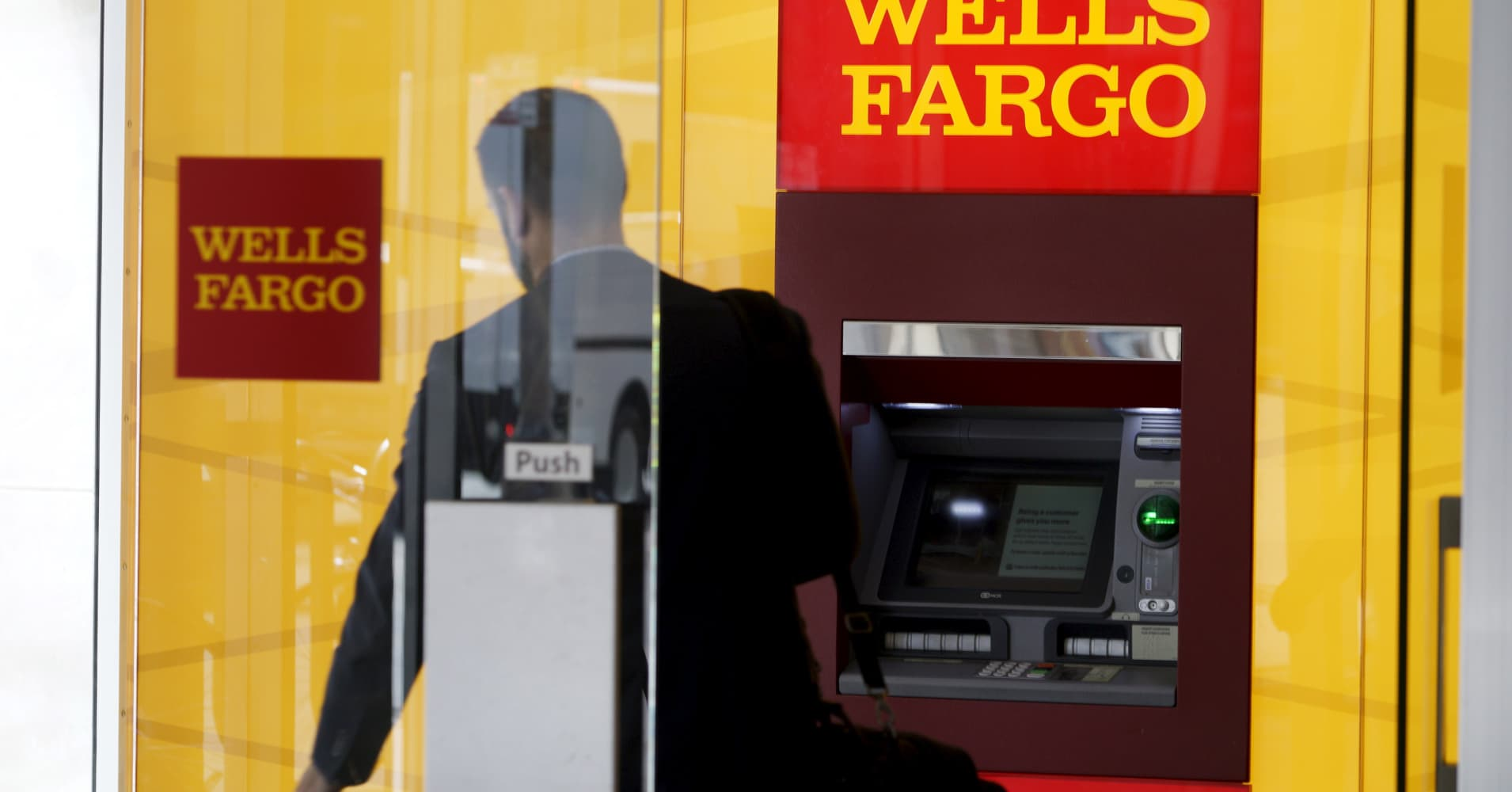 wells fargo has put scandal in the rearview kbw analysts say