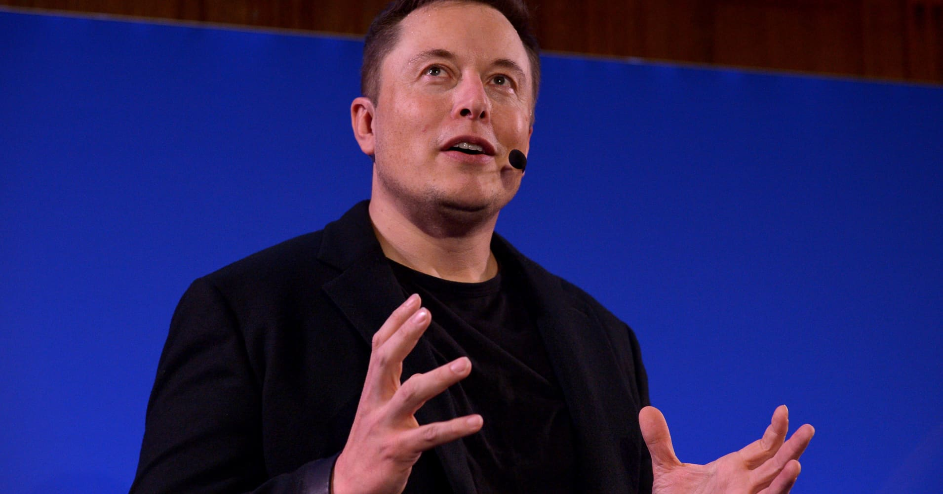 Scientists think Facebook and Elon Musk are way too optimistic about mind-reading tech