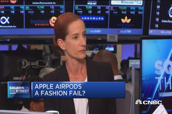 Apple AirPods a fashion fail?