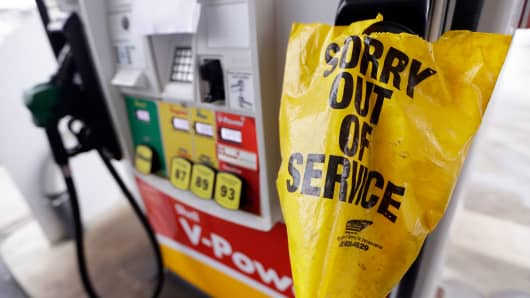 Gasoline prices spike after Alabama leak