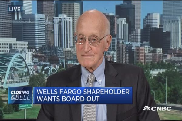 Wells Fargo shareholder wants Stumpf out
