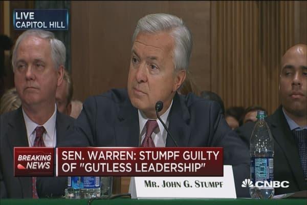 Sen. Warren: Stumpf should be criminally investigated