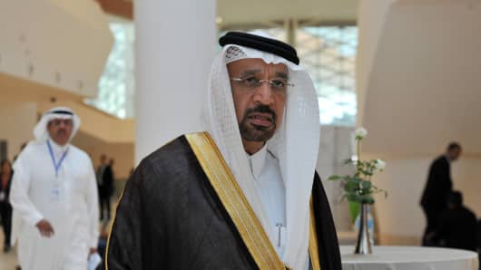 Saudi Arabia's Energy Minister Khalid al-Falih arrives for an informal meeting between members of the Organization of Petroleum Exporting Countries, OPEC, in the Algerian capital Algiers, on September 28, 2016.