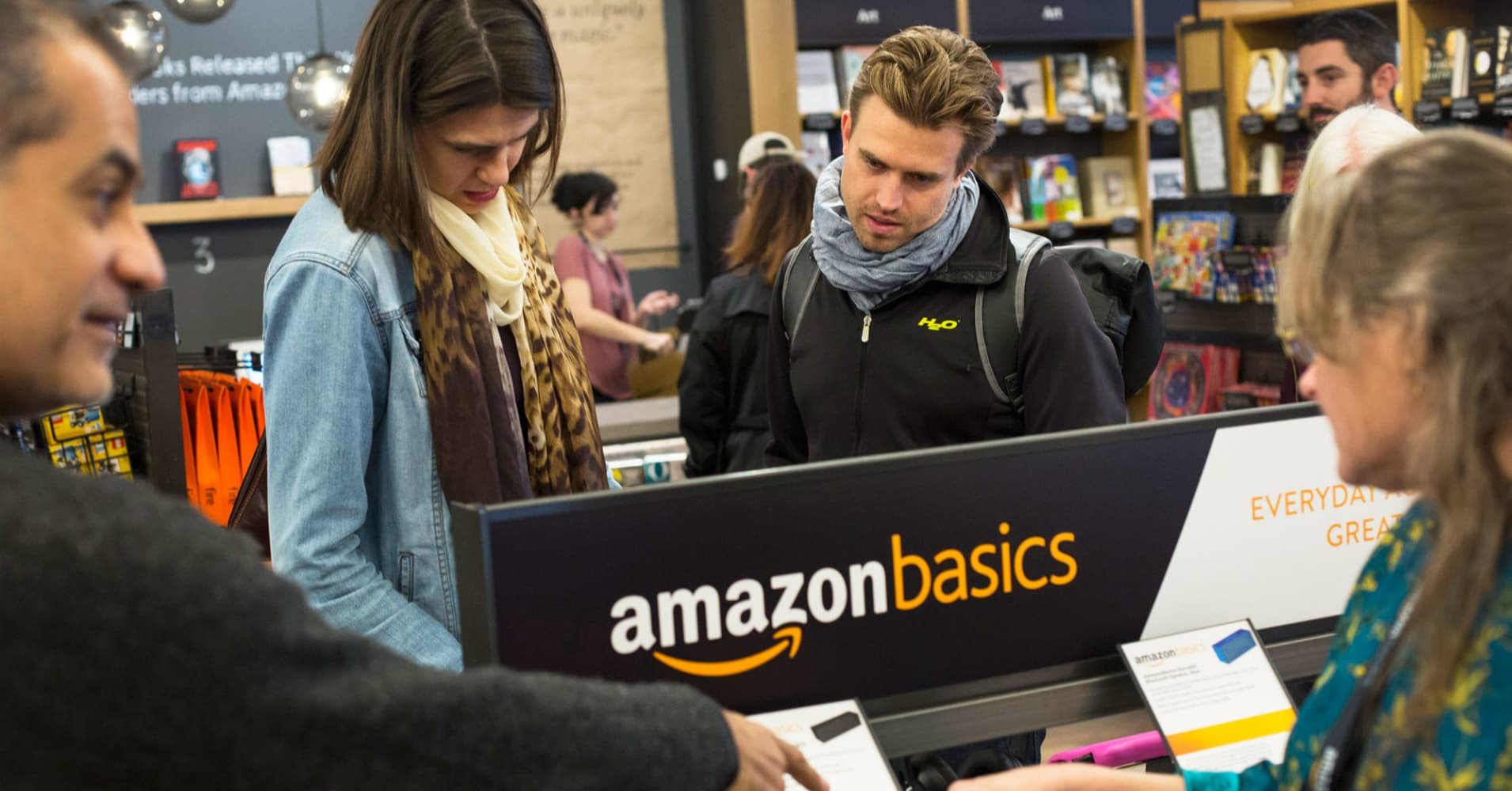 Amazon doesn't understand why you don't understand why Amazon is opening bookstores