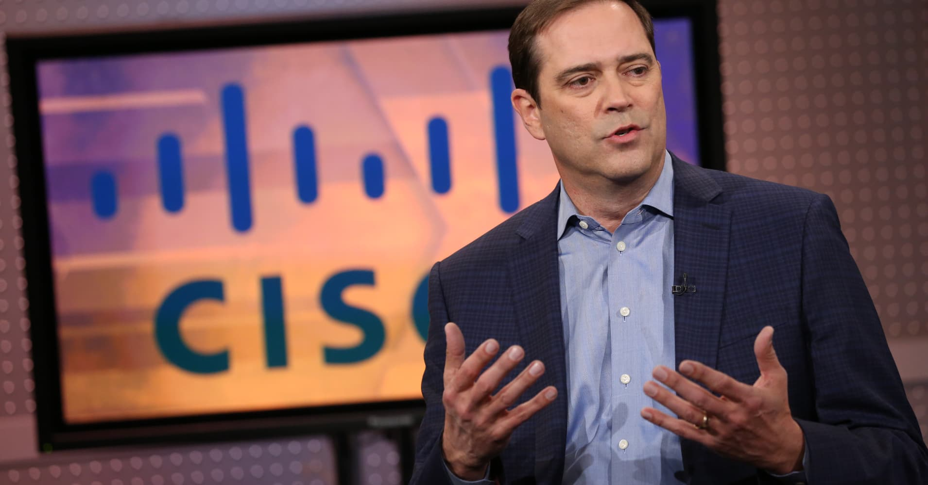 Despite rocky near-term outlook Cisco isn't changing its strategy, CEO Robbins said