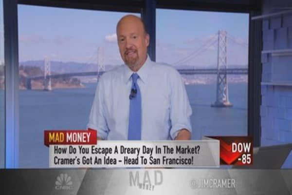 Cramer: How Salesforce can rival Amazon, Alphabet & Facebook at its own game