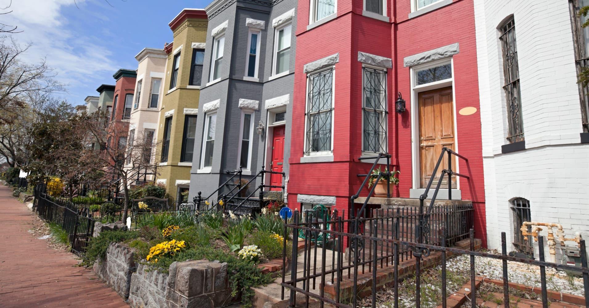 5 innovative ways to save on housing